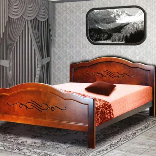 Кровать из массива сосны Адриана